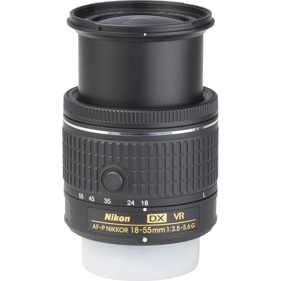 Nikon D5600 + AF-P DX Nikkor 18-55 mm G VR - Vue de l'objectif