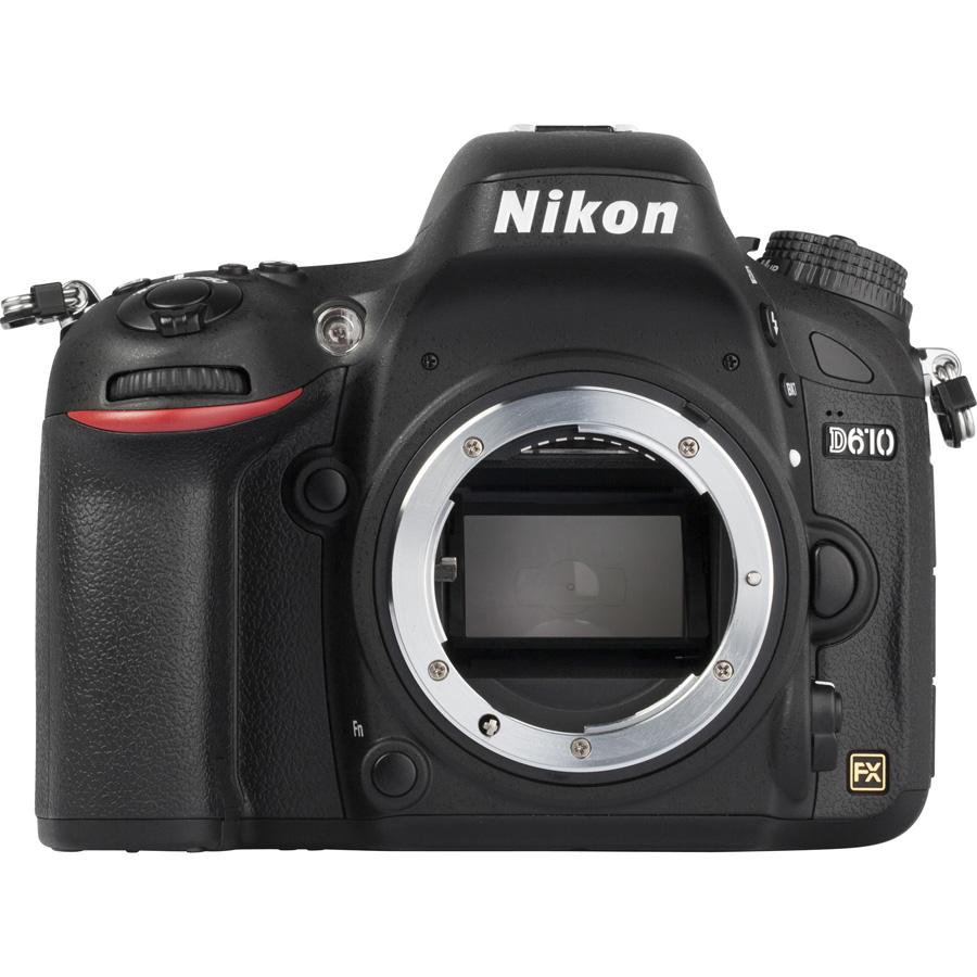 Nikon D610 + AF-S 24-85 mm G ED VR - Vue de face sans objectif