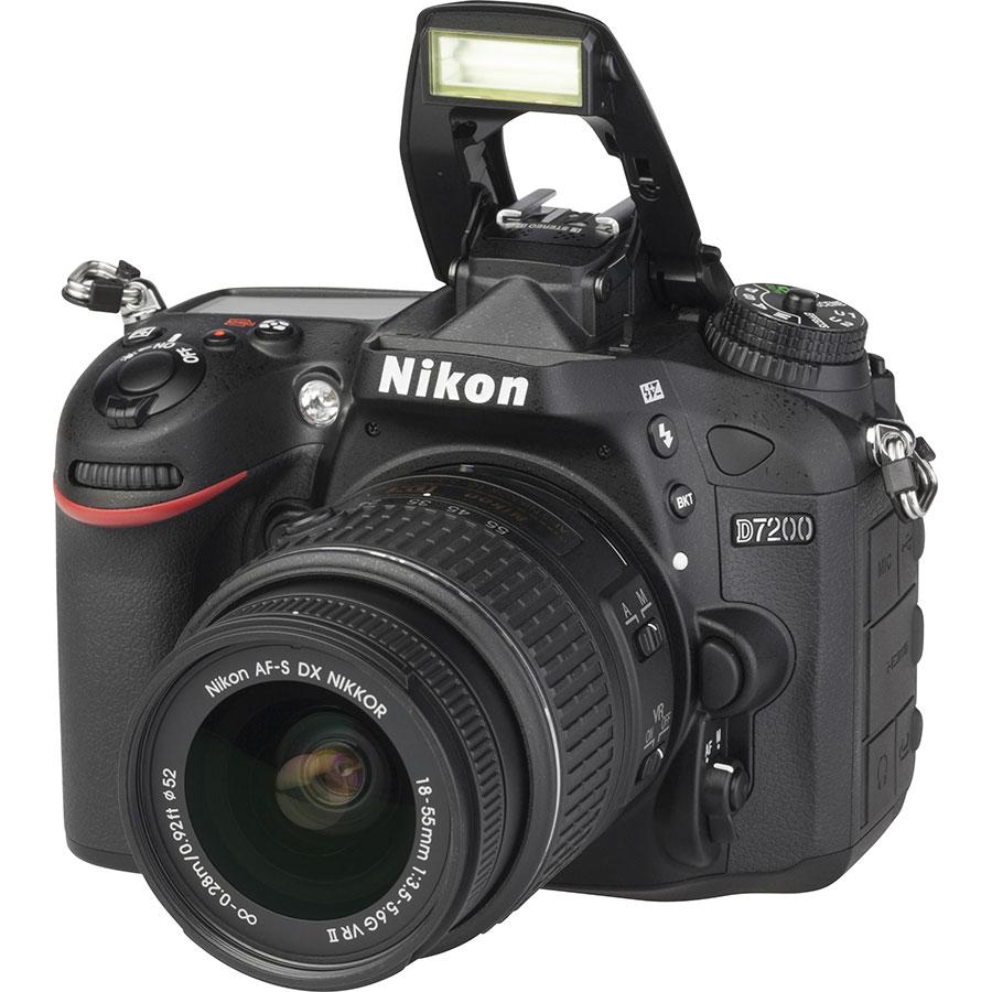 Nikon D7200 + AF-S DX Nikkor 18-55 mm G VR II - Vue principale