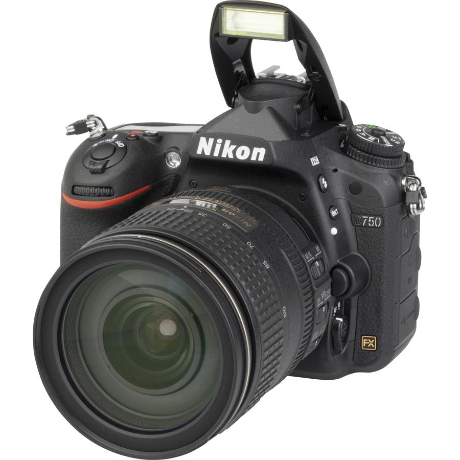 Nikon D750 + AF-S Nikkor 24-120 mm G ED VR - Vue principale