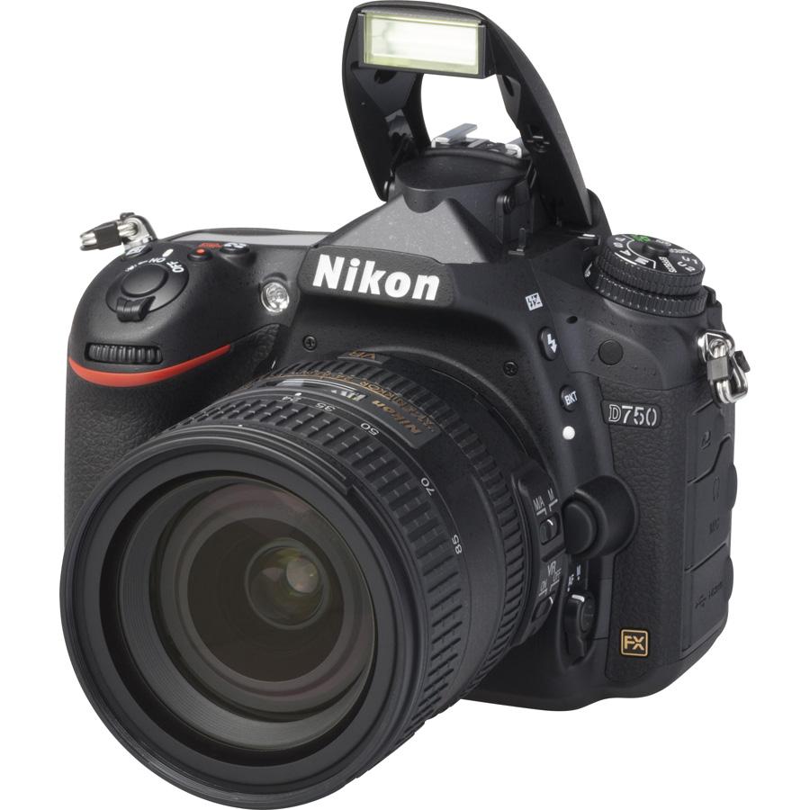 Nikon D750 + AF-S Nikkor 24-85 mm G ED VR - Vue principale
