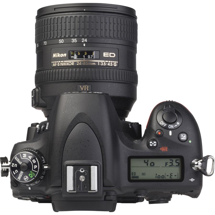 Nikon D750 + AF-S Nikkor 24-85 mm G ED VR - Vue du dessus
