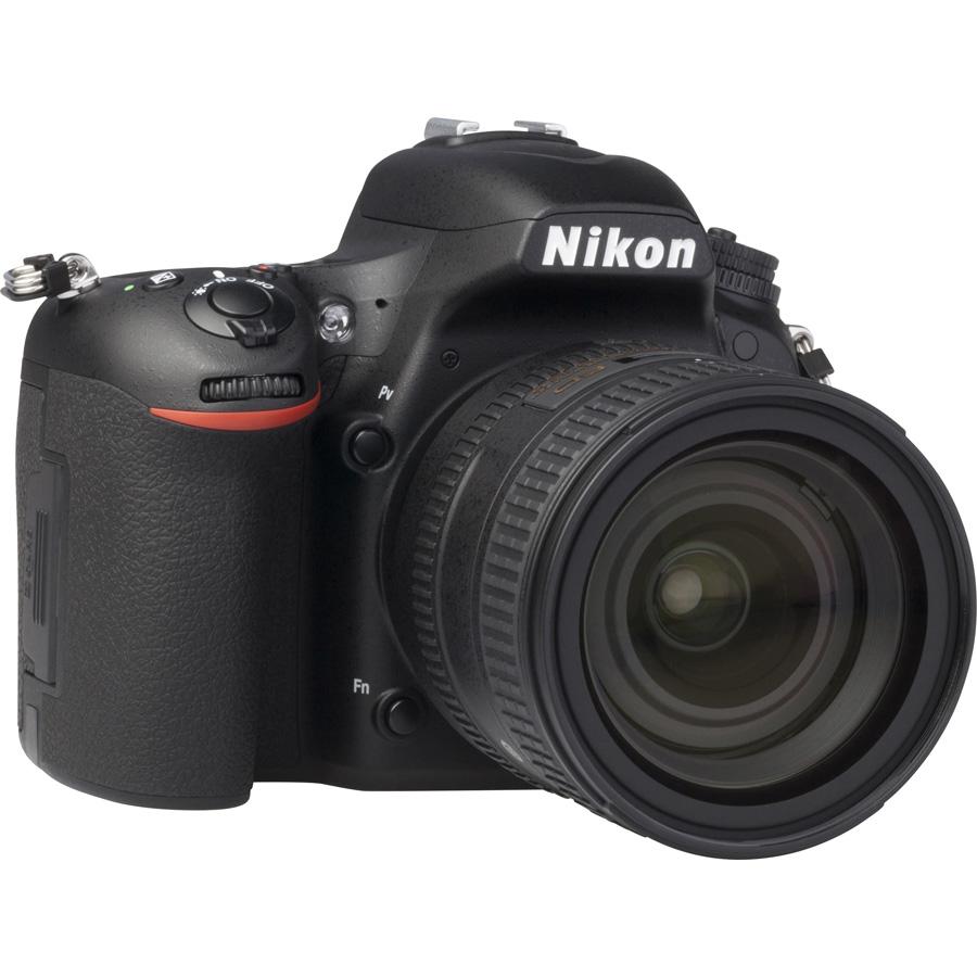 Nikon D750 + AF-S Nikkor 24-85 mm G ED VR - Vue de 3/4 vers la droite