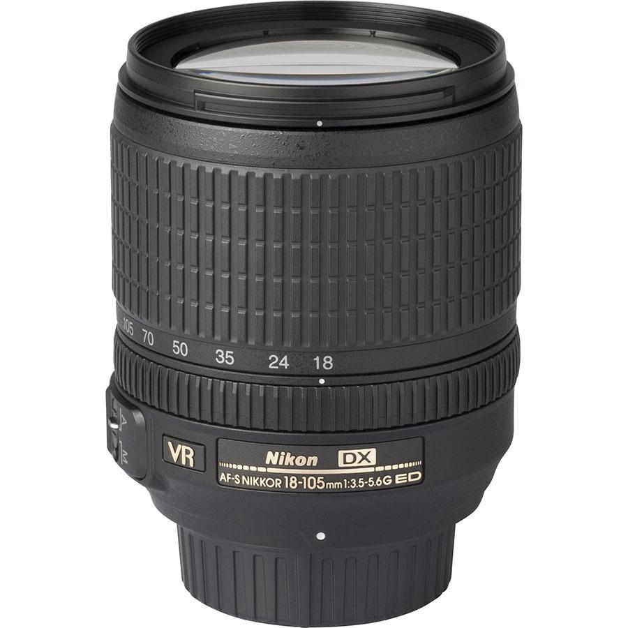 Nikon D7500 + AF-S DX Nikkor 18-105 mm G ED VR - Vue de l'objectif