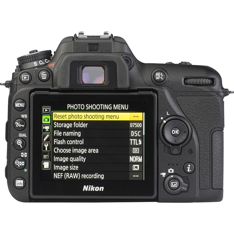 Nikon D7500 + AF-S DX Nikkor 18-105 mm G ED VR - Vue de dos