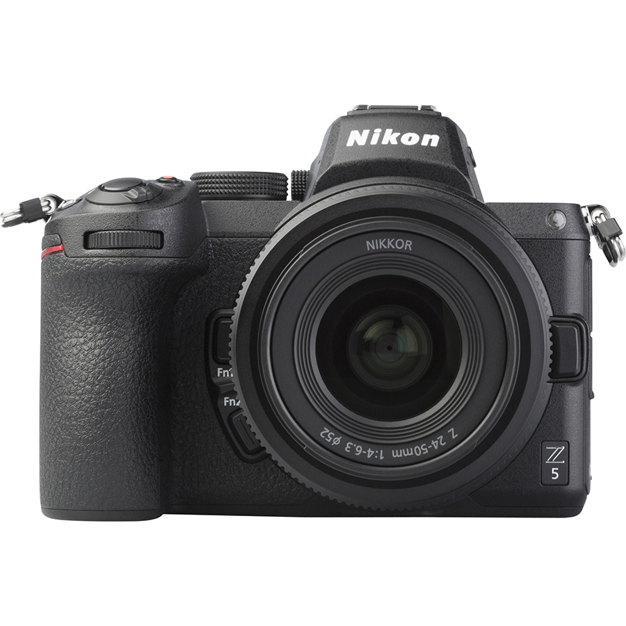 Nikon Z5 + Nikkor Z 24-50 mm - Vue de face