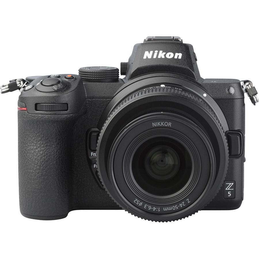 Nikon Z5 + Nikkor Z 24-50 mm - Autre vue de face