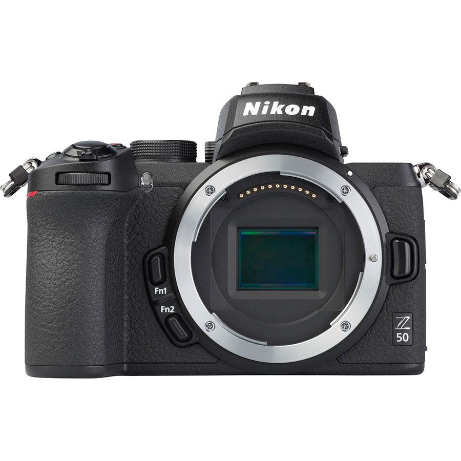 Nikon Z50 + Nikkor Z DX 16-50 mm VR - Vue de face sans objectif