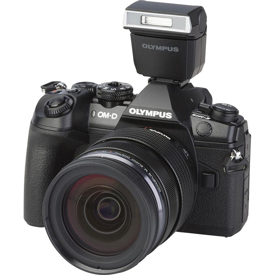 Olympus OM-D E-M1 Mark II + M. Zuiko Digital ED 12-40 mm Pro - Vue principale