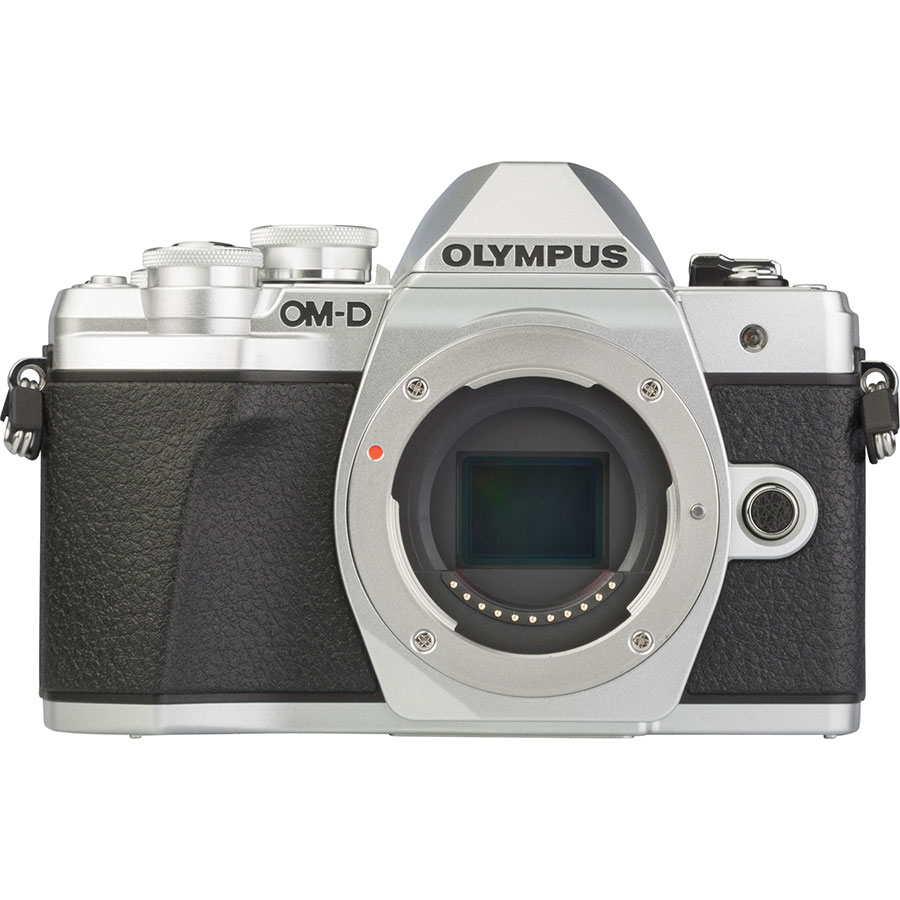 Olympus OM-D E-M10 Mark III + M. Zuiko Digital 14-42 mm EZ ED MSC - Vue de face sans objectif