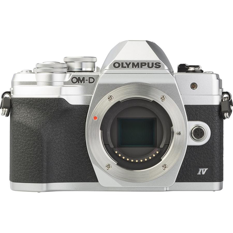 Olympus OM-D E-M10 Mark IV + M. Zuiko Digital 14-42 mm EZ ED MSC - Vue de face sans objectif