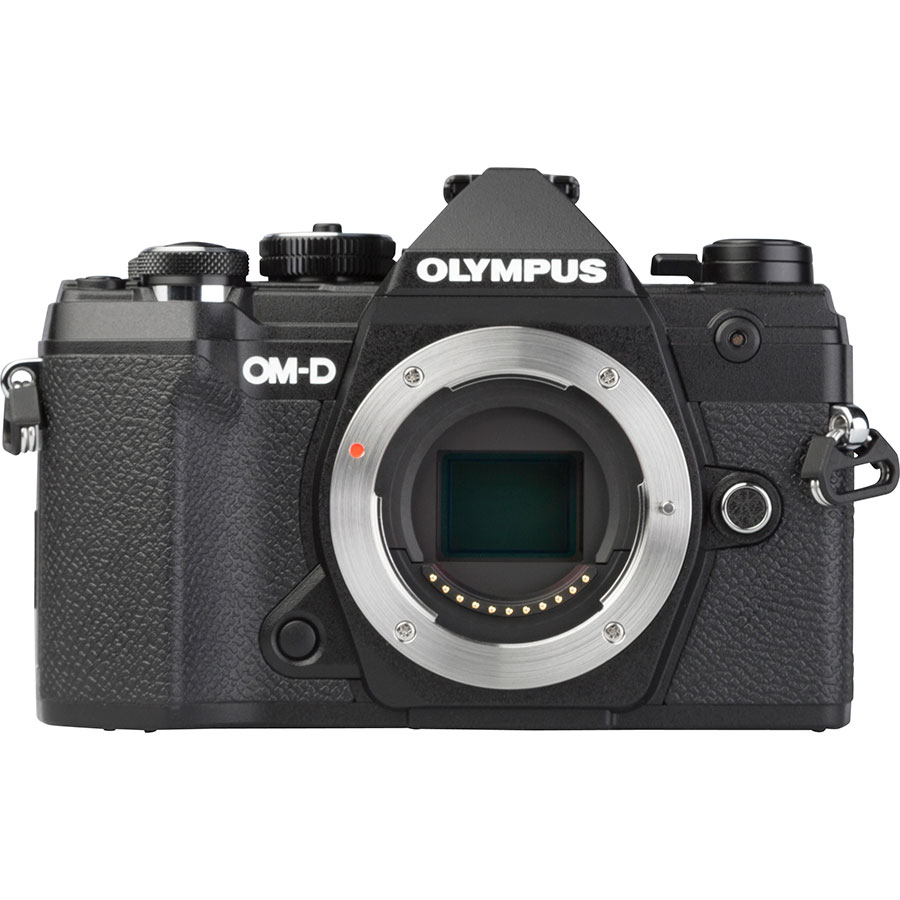 Olympus OM-D E-M5 Mark III + M.Zuiko Digital ED 12-40 mm Pro - Vue de face sans objectif