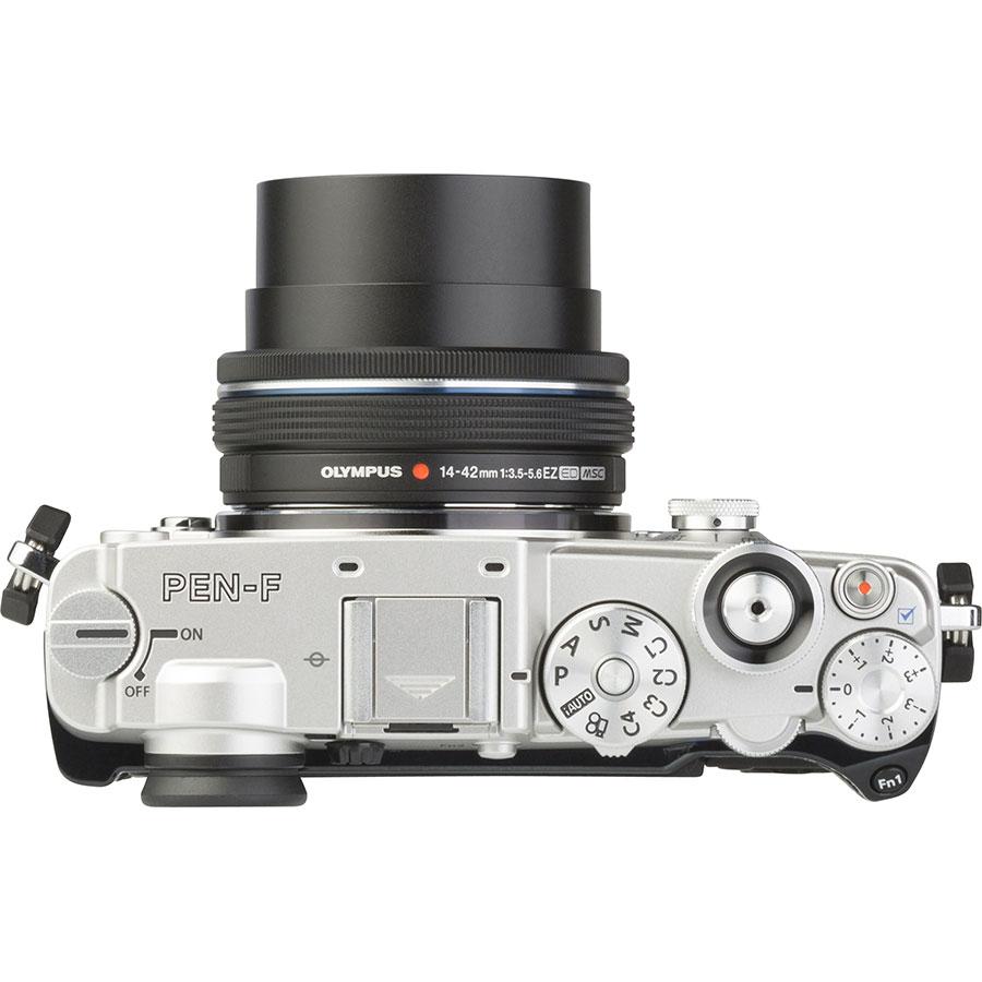 Olympus Pen-F + M. Zuiko Digital 14-42 mm EZ ED MSC - Vue de l'objectif