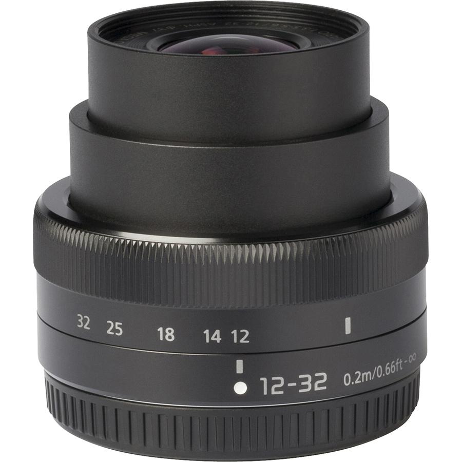 Panasonic Lumix DC-G100 + Lumix G Vario 12-32 mm Mega OIS - Vue de l'objectif