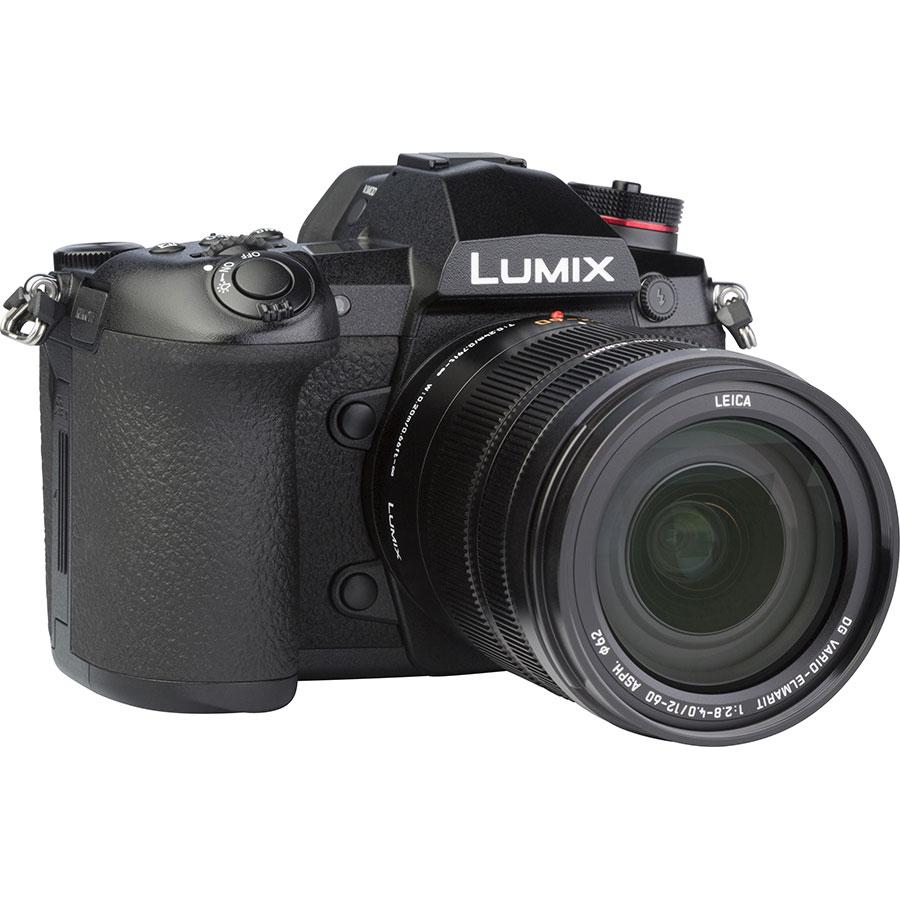 Panasonic Lumix DC-G9 + Leica DG Vario-Elmarit 12-60 mm Power OIS - Vue de 3/4 vers la droite