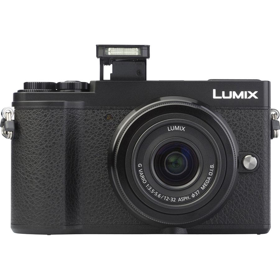 Panasonic Lumix DC-GX9 + Lumix G Vario 12-32 mm Mega OIS - Vue de face