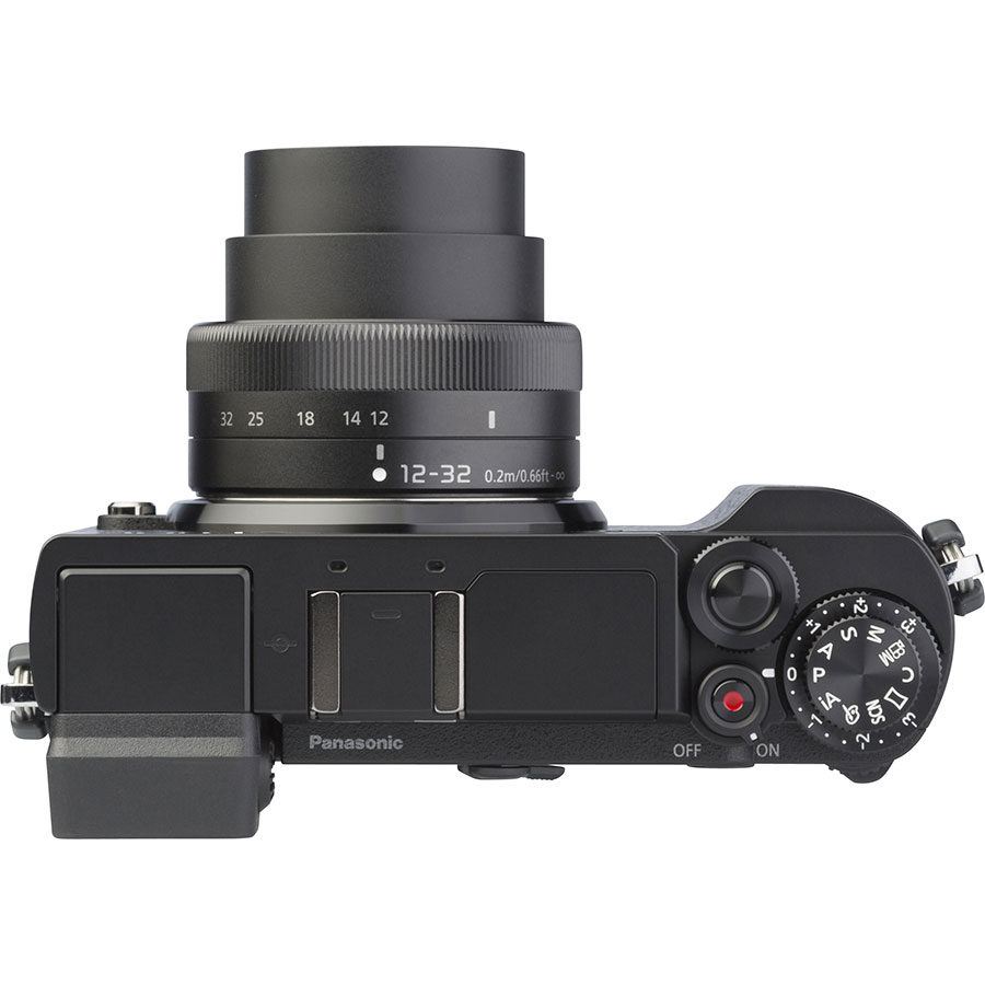 Panasonic Lumix DC-GX9 + Lumix G Vario 12-32 mm Mega OIS - Vue du dessus