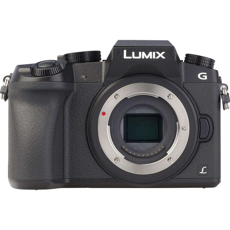 Panasonic Lumix DMC-G7 + Lumix G Vario 14-42 mm II OIS - Vue de face sans objectif