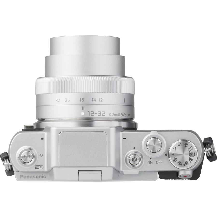Panasonic Lumix DMC-GF7 + Lumix G Vario 12-32 mm OIS - Vue de dos