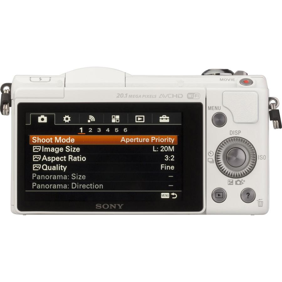 Sony ILCE-5000 + 16-50 mm SELP1650 - Vue de face sans objectif