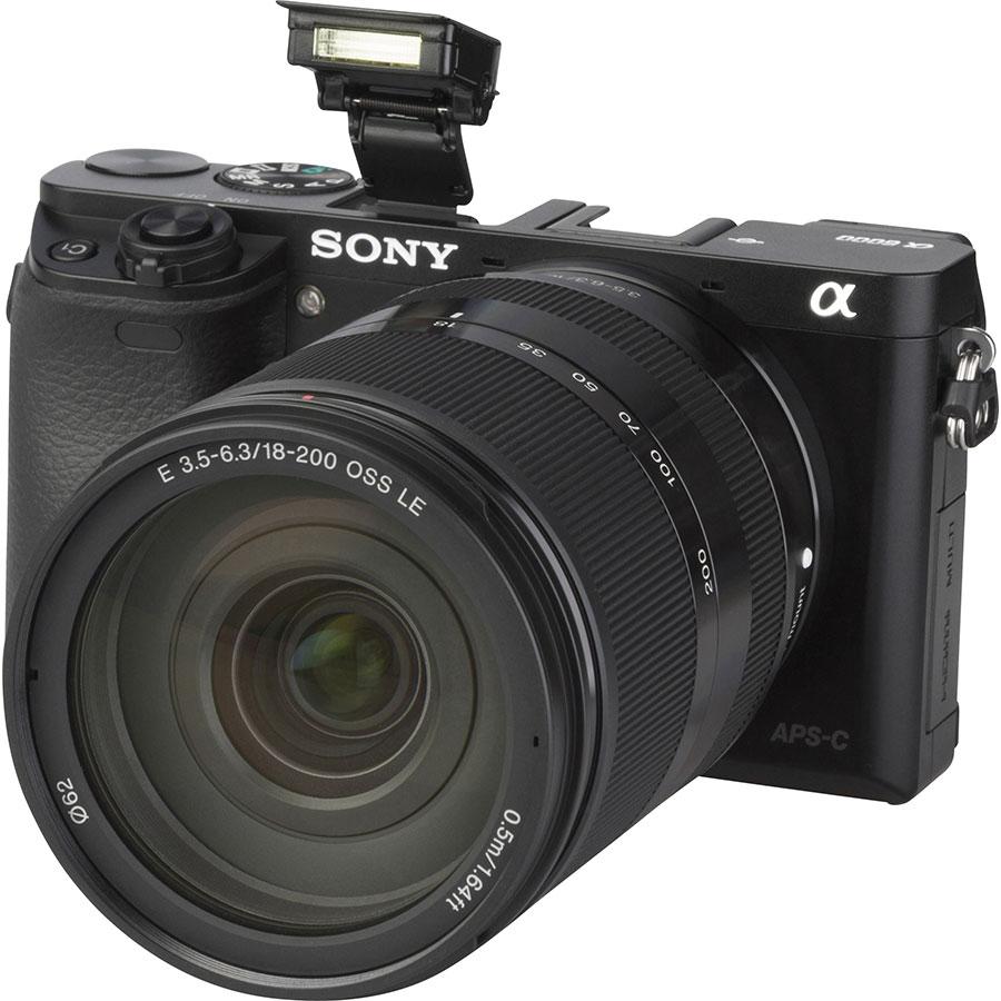 Sony ILCE-6000 + 18-200 mm SEL18200 - Vue principale