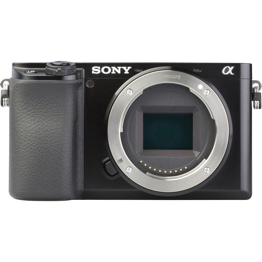Sony ILCE-6100 + E 16-50 mm PZ OSS SELP1650 - Vue de face sans objectif