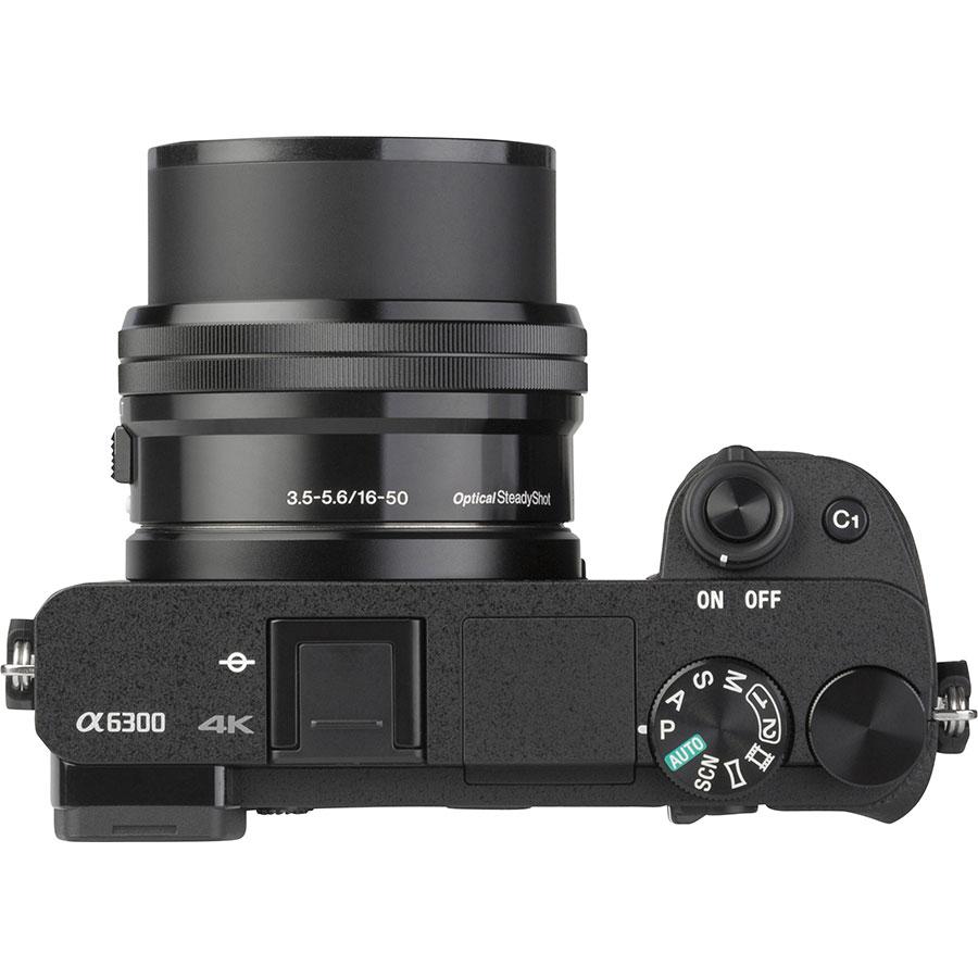 Sony ILCE-6300 + E 16-50 mm PZ OSS SELP1650 - Vue du dessus