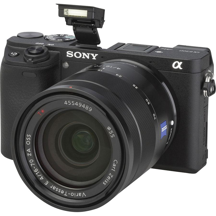 Sony ILCE-6300 + E 16-70 mm ZA OSS SEL1670Z - Vue principale