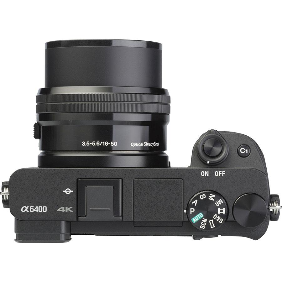 Sony ILCE-6400 + E 16-50 mm PZ OSS SELP1650  - Vue du dessus