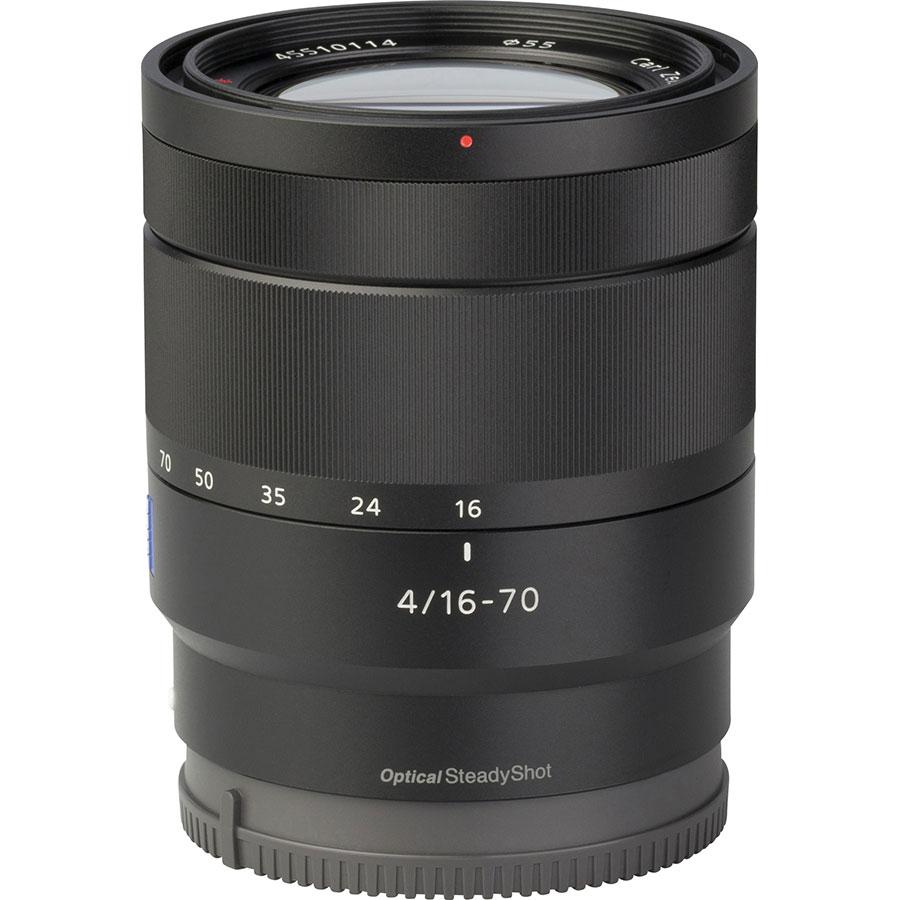 Sony ILCE-6500 + E 16-70 mm ZA OSS SEL1670Z - Vue de l'objectif