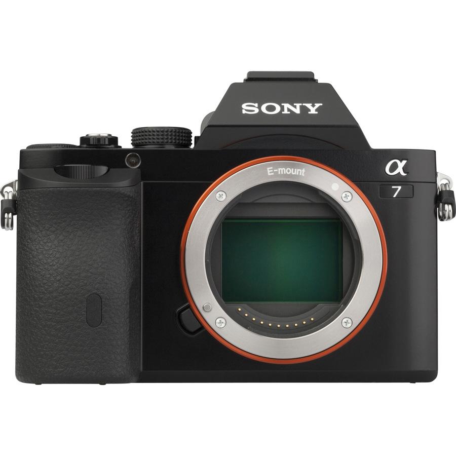 Sony ILCE-7 + 28-70 mm OSS SEL2870 - Vue de face sans objectif