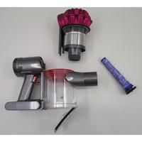 Dyson V7 Motorhead - Bac à poussières et ses filtres démontés