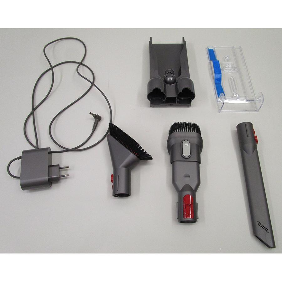 Dyson V10 Parquet - Accessoires fournis