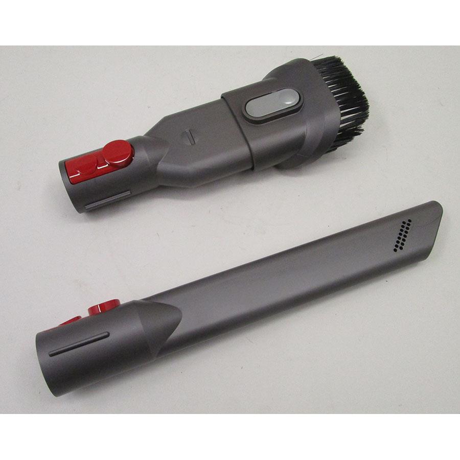 Dyson V8 Motorhead + kit Tool - Accessoires fournis