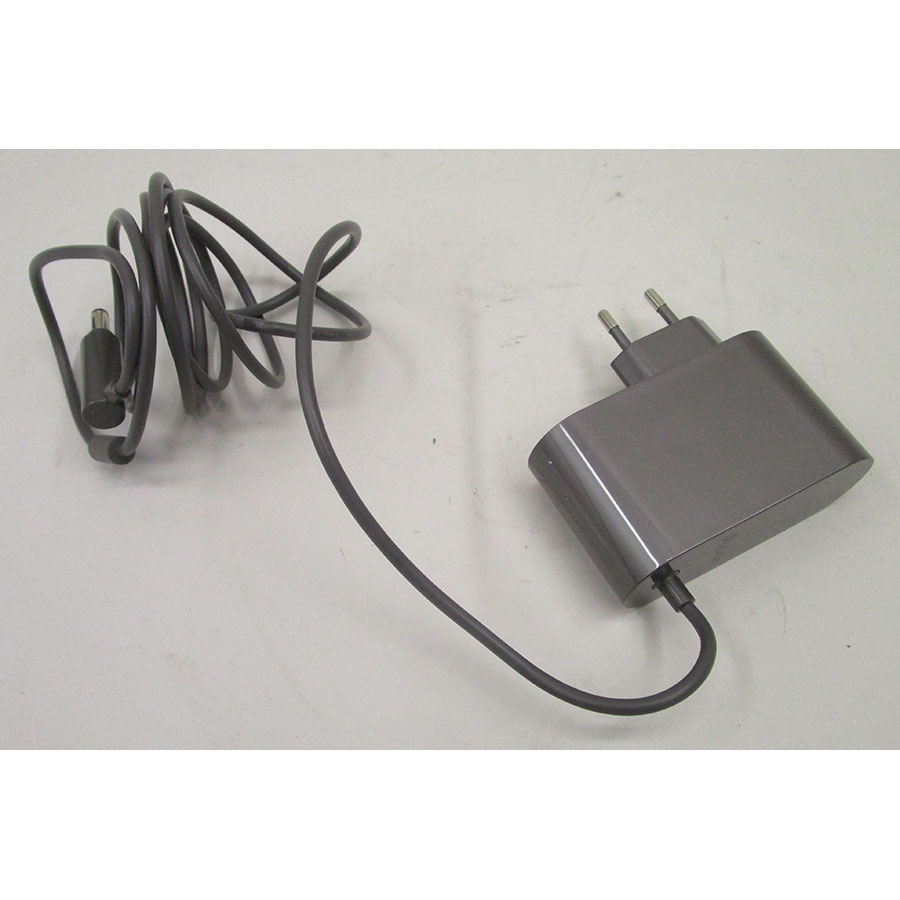 Dyson V8 Motorhead + kit Tool - Cordon de charge