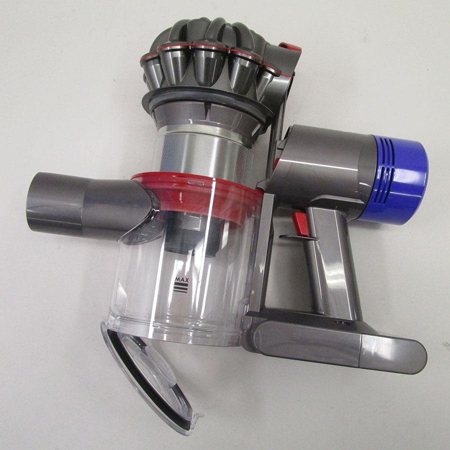Dyson V8 Motorhead + kit Tool - Réservoir à poussières