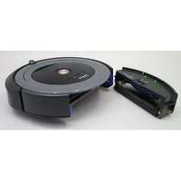 iRobot Roomba 681 - Réservoir à poussière accessible par l'arrière