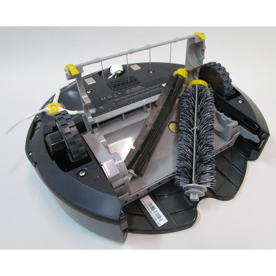 iRobot Roomba 606  - Accès aux brosses principales