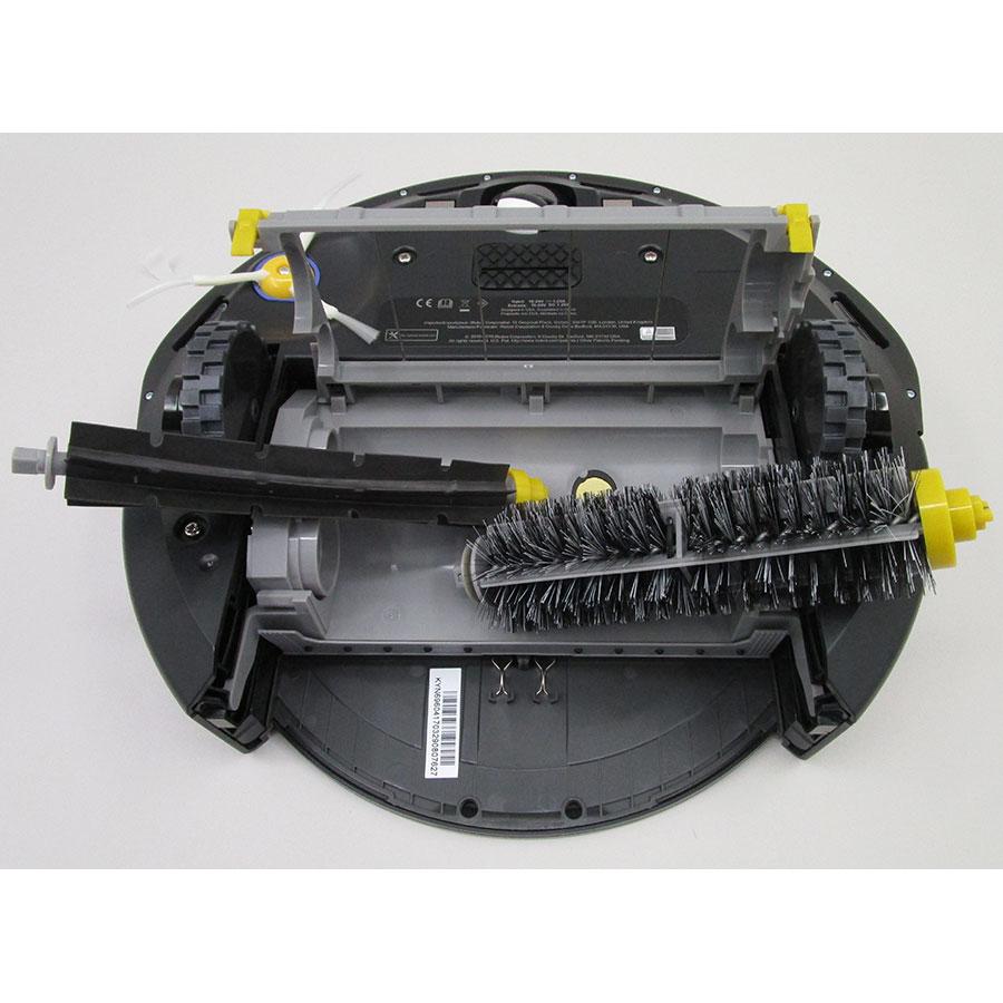 iRobot Roomba 696 - Brosse principale retirée