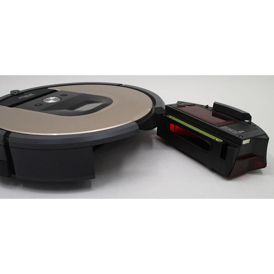 iRobot Roomba 966  - Réservoir à poussière accessible par l'arrière