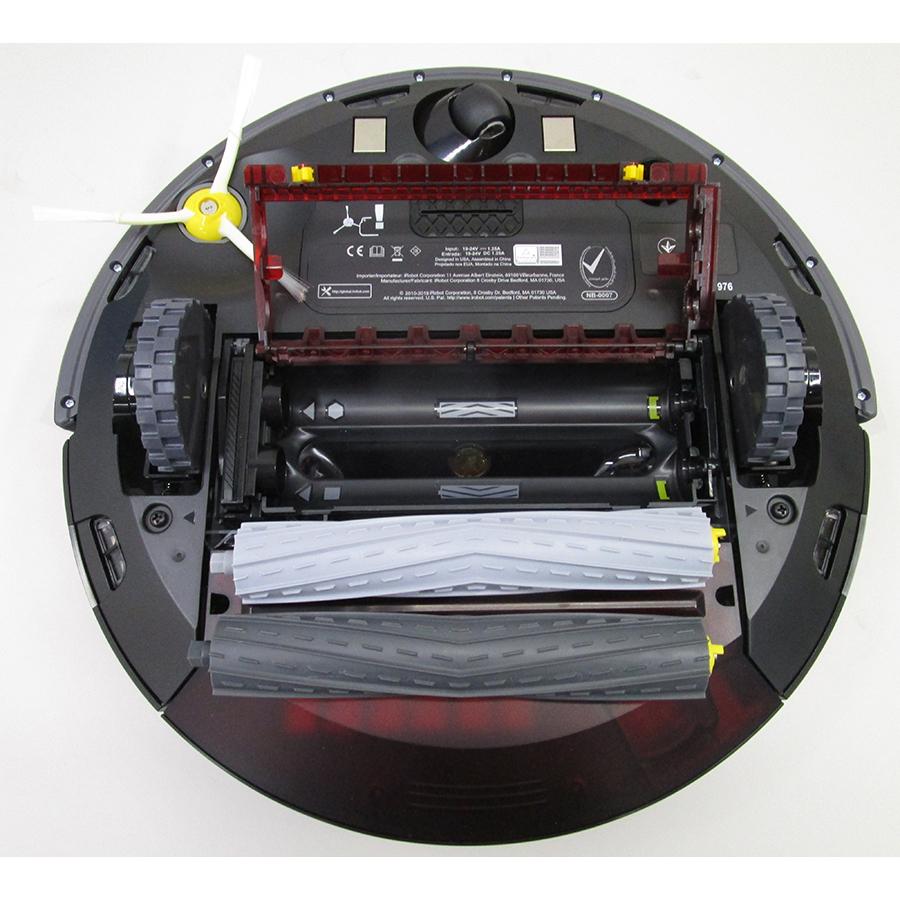 iRobot Roomba 976 - Accès à la brosse principale