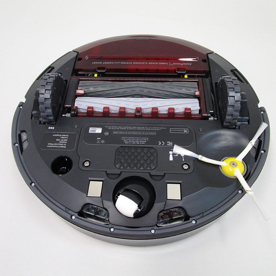 iRobot Roomba 980 - Vue de dessous