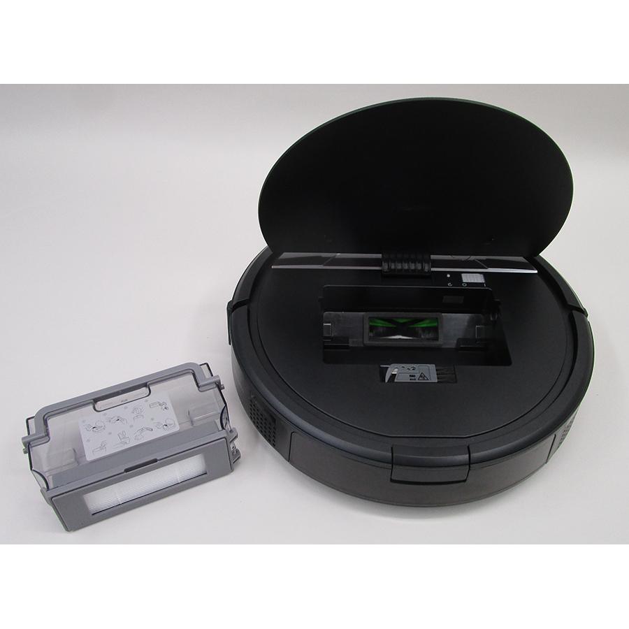 iRobot Roomba Combo R1138 - Réservoir à poussière sorti