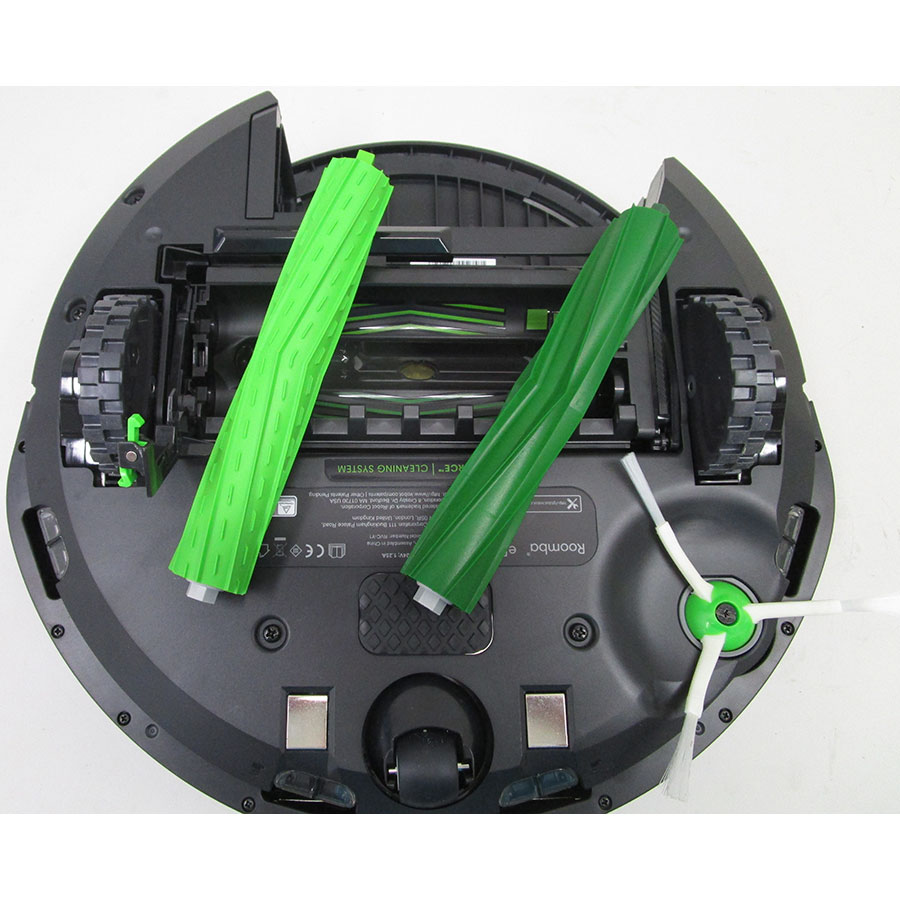 iRobot Roomba e5158 - Brosse principale retirée
