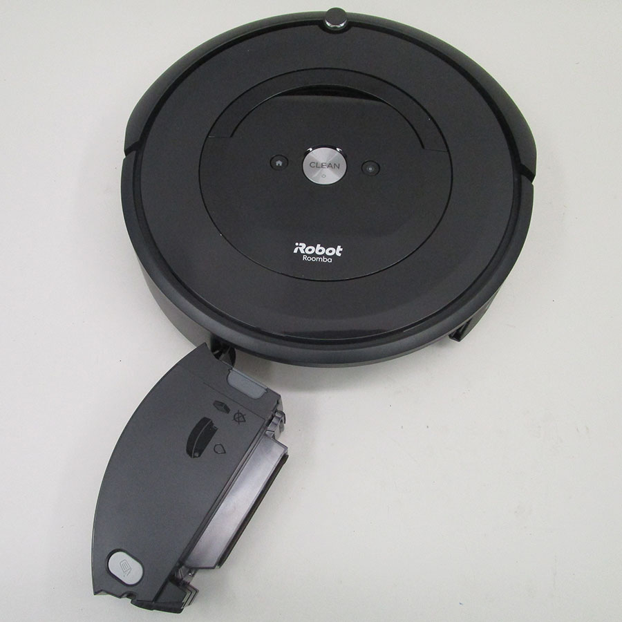 iRobot Roomba e5158 - Réservoir à poussière sorti