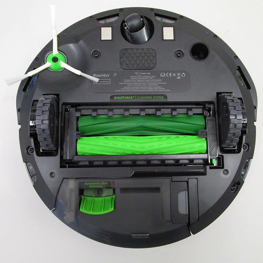 iRobot Roomba i7+ i7558 - Vue de dessous