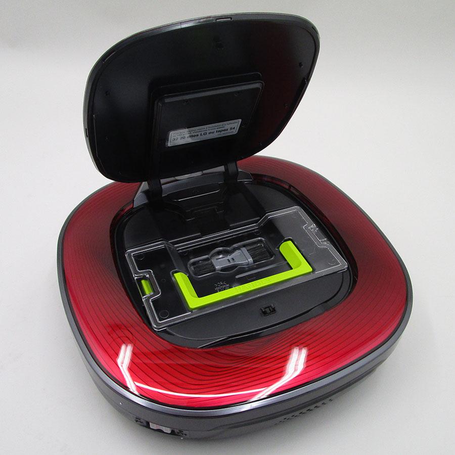 LG VR8600RR Home-Bot Turbo - Réservoir à poussière accessible par le haut