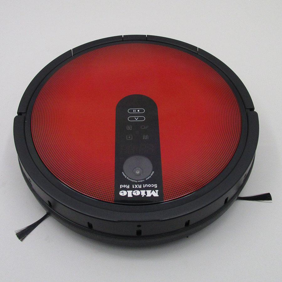 Miele Scout RX1 Red SJQL0 - Vue de face
