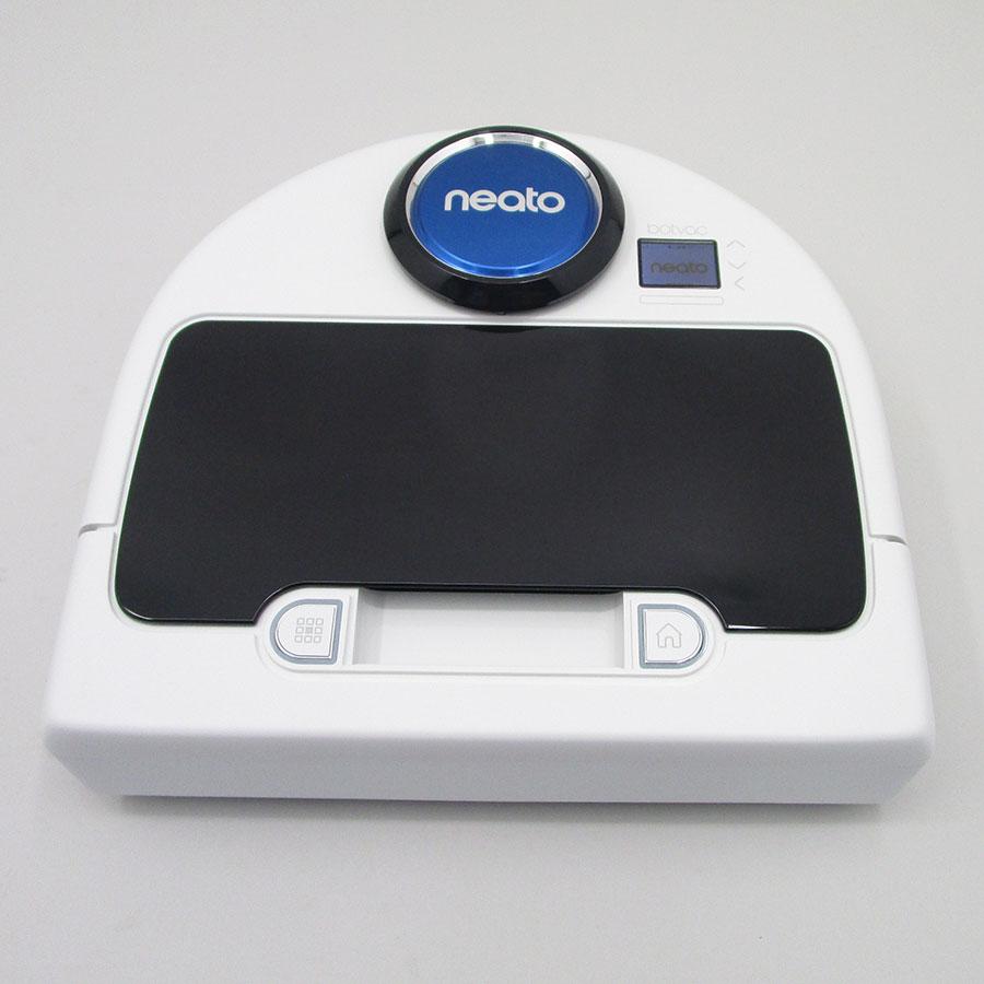 Neato Botvac D75 - Vue de face