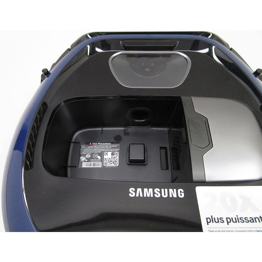 Samsung PowerBot SR1FM7030WB(*10*) - Réservoir à poussière accessible par le haut